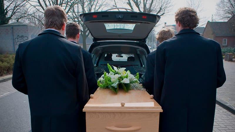 Похороны женщины: что для этого нужно?