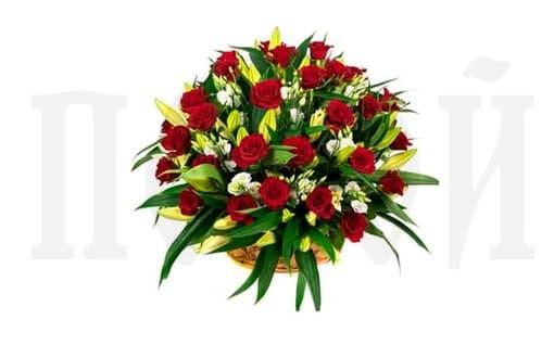 Корзина из живых цветов «Роза и лилия»