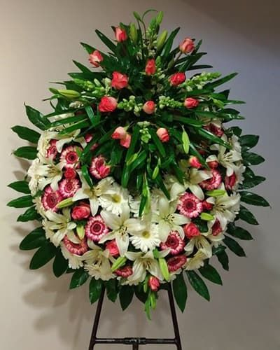 Венок из живых цветов «Утонченность»