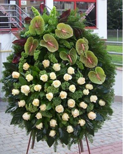 Венок из живых цветов «Прощание»