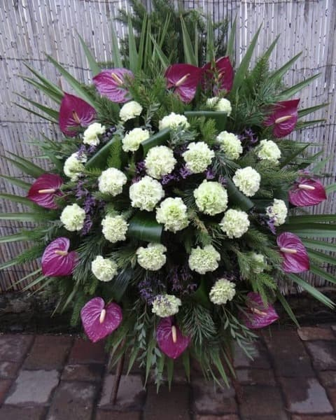 Венок из живых цветов «Тишина»