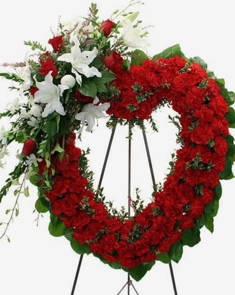 Венок из живых цветов «Преданность»
